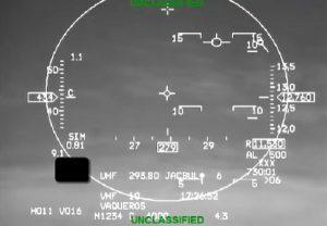 YOUTUBE Sviene e aereo va in picchiata: il pilota automatico gli salva la vita