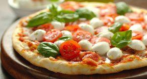 Pizza, Slow Food e Ferrarelle: quando la pizza divenuta cult
