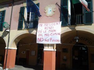 Migranti: sindaco leghista tassa le case che li ospitano come gli hotel