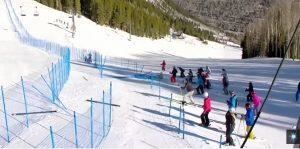 Coppa mondo sci: lo sloveno Kline cade a terra, abbatte le barriere e stende una donna