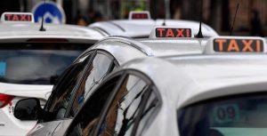 Taxi, nuovo sciopero il 23 marzo. Respinto l'invito di Uber ad un incontro