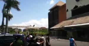 YOUTUBE Terremoto a Bali: scossa 5.5, paura tsunami ma pochi danni