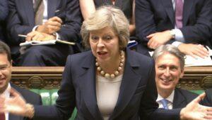 Brexit, Lord contro governo May: vogliono veto sui negoziati