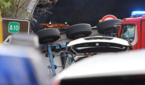 A10 Genova-Ventimiglia: incidenti e cantieri, 158 km da brividi vecchi 50 anni