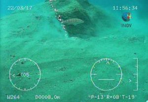 Mar Tirreno: vulcano di fango e colonne di gas dietro le esplosioni a Montecristo