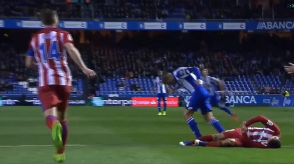 Il momento in cui Fernando Torres perde conoscenza in campo