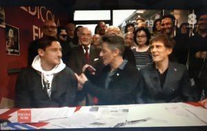 """Francesco Totti da Fiorello a Edicola Fiore: """"In panchina con te? Tanto sono abituato..."""""""