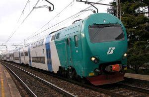 Abano Terme, donna si uccide gettandosi sotto un treno