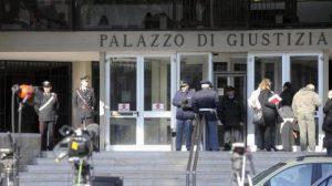 Grosseto, prof ha rapporti con la sua alunna: condannata a 2 anni