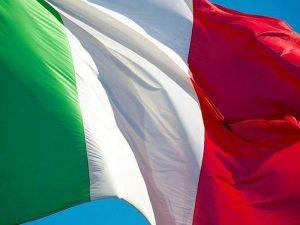 Bruciò il tricolore alla manifestazione della Liga Veneta: 2 mesi ai domiciliari