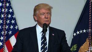 Donald Trump cancellerà le norme di Obama contro il gas serra