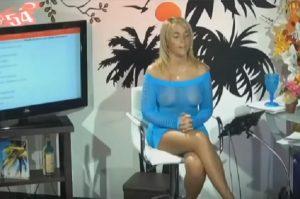 YOUTUBE Vestito troppo trasparente in diretta tv...