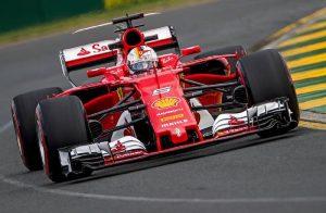 Formula 1: Sebastian Vettel vince Gran Premio d'Australia. Ferrari batte Mercedes