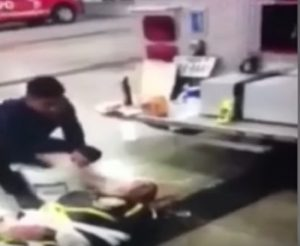 Recluta legata e torturata viene filmata: cinque vigili del fuoco licenziati