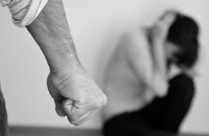 """Violenza domestica: """"Non ha protetto moglie e figlio dal marito"""", Italia condannata a Strasburgo"""