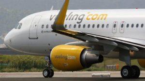 Volo Palermo-Roma della Vueling: pilota inchioda in fase di decollo, panico