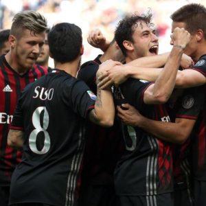 Milan-Palermo 4-0 pagelle, highlights: Deulofeu-Suso gol e show