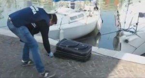 Rimini, ragazza morta nel trolley: era stata la madre a metterla nella valigia