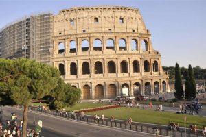 """Roma, Raggi ricorre al Tar: """"No a Parco archeologico del Colosseo"""". Franceschini: """"Incredibile"""""""