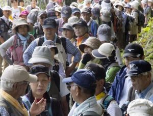 Giappone, entro 50 anni popolazione calerà di un terzo, ma aumenteranno gli anziani