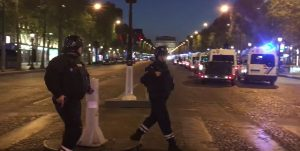 YOUTUBE Parigi, attentato sugli Champs Elysées: blindata la zona