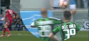 Sassuolo-Napoli 2-2, rigore? No, Cannavaro tocca la palla con la testa