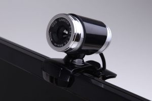Bari, adescava minori su Skype: arrestato dalla Polizia Postale
