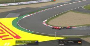 Sebastian Vettel, il sorpasso su Ricciardo: staccata lunghissima, le auto si toccano VIDEO