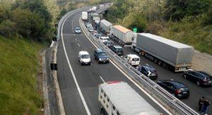 Incidente sulla A14, rimorchio si ribalta: tratto Ortona-Pescara sud bloccato
