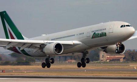 "Alitalia venduta o liquidata? Calenda: ""Tra 6 mesi sapremo"". Ipotesi prestito ponte Ue"