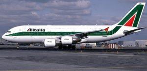 Alitalia, sciopero di 24 ore mercoledì 5 aprile: cancellato il 60% dei voli