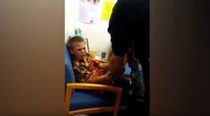 Florida, bambino autistico di 10 anni ammanettato e portato via dalla polizia