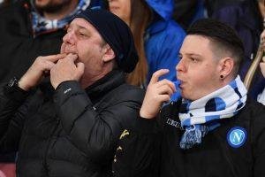 YOUTUBE Napoli-Juventus, Higuain: fischi, insulti, striscioni contro di lui