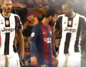 YOUTUBE Screzio Bonucci-Chiellini per la maglietta di Messi