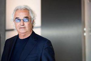"""Flavio Briatore: """"Non capisco come si possa vivere con 1300 euro al mese"""""""