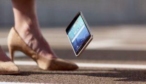 Smartphone, mai più graffi e righe sullo schermo. Ecco come