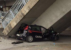 """YOUTUBE Fossano, cavalcavia crollato """"per problemi di manutenzione"""". Ingegneri di Cuneo all'attacco"""