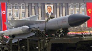 """Corea del Nord minaccia gli Usa: """"Pronti a cancellarvi dalla faccia della Terra"""""""