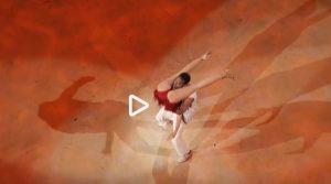 """Ballando con le Stelle, Giuliana De Sio e la """"Bachata"""" a luci rosse"""