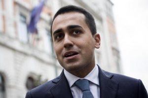 """Di Maio e il post alla Salvini: """"Il 40% di criminali romeni importati in Italia"""""""