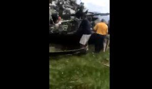 YOUTUBE Elicottero militare cade su campo da golf in Maryland: un morto
