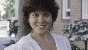 """Erin Moran morta a 56 anni: addio alla Joanie """"sottiletta"""" di Happy Days"""