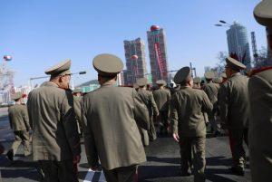 """Usa pronti a raid preventivo contro Corea del Nord. Pyongyang: """"Alla guerra se lo vogliono"""""""