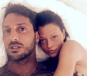 """Fabrizio Corona """"portava buste di soldi a casa, non erano fatti miei"""". Parla Silvia Provvedi"""