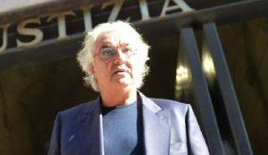 """Flavio Briatore, nuovo libro """"Sulla ricchezza"""". In Italia troppe tasse, ma il turismo..."""
