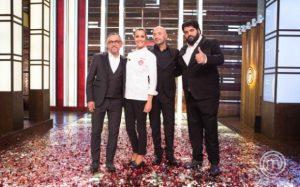 Celebrity Masterchef Italia, vince Roberta Capua. Battuto Nesli in finale