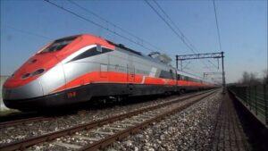 Melzo (Milano), uomo muore travolto da un treno Frecciarossa