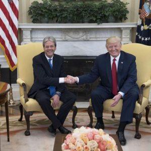 """Donald Trump a Gentiloni: """"Italia alleato chiave contro il terrorismo"""""""
