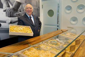 Giovanni Rana dona 3 milioni di piatti di pasta a famiglie italiane povere