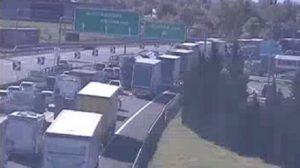 Incidente in A1: tir salta carreggiata tra Modena Nord e A22 Brennero